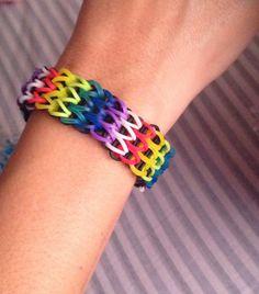 Triple single bracelet rainbow loom