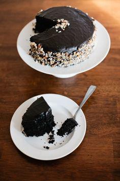 Vegan Dark Chocolate Cake by theharavestfoodblog #Cake #Chocolate #Vegan