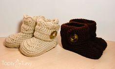Ravelry: Crochet wrap around button baby boots pattern by Ashlee Prisbrey Crochet Baby Boots, Booties Crochet, Crochet Slippers, Cute Crochet, Crochet For Kids, Baby Booties, Crochet Children, Crochet Winter, Crochet Flower