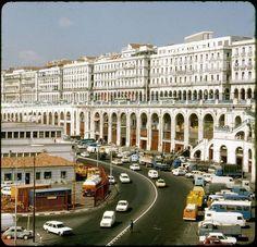 La prestigieuse Pêcherie d'Alger Un espace considéré comme un patrimoine historique, touristique et matériel inestimable.Il y a quelques années, la Pêcherie était considérée comme un lieu de pèlerinage touristique de la capitale.