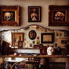 Tattoo shop interior design tattoo studio interior, tattoo s Dark Interiors, Shop Interiors, Tattoo Shop Decor, Tattoo Studio Interior, Piercing Shop, Design Tattoo, Room Goals, Tattoo Parlors, Shop Interior Design
