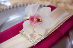 gold-fushia-napkin-wedding-wrapped-charger. Flowers by Akiko, photography by Capture It Photography.