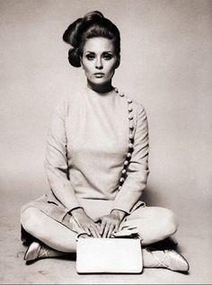 Faye Dunaway modelling a dress from The Thomas Crown Affair, 1968. Designed by Theodora van Runkle.