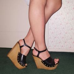 Steve Madden Leather Wooden Wedges Steve Madden  size 36  Worn two or three times  good condition  Super Cute And Edgy for Summer Steve Madden Shoes Wedges