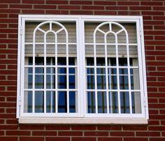 Resultado de imagen para REJAS PARA VENTANAS Home Window Grill Design, Iron Window Grill, Window Grill Design Modern, House Window Design, Grill Door Design, Balcony Railing Design, Bungalow House Design, Bay Window Exterior, Burglar Bars
