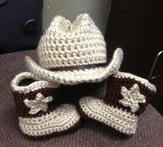 Crochet Cowboy Hat & Boots via sewpractical.net @Chelsea Andorf I'm thinking these would be perfect for your little one :)