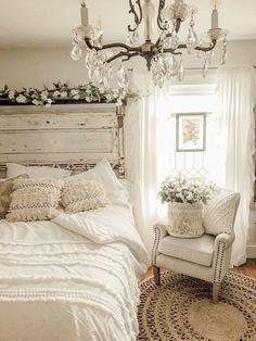 Stylish Bedroom, Cozy Bedroom, Home Decor Bedroom, Modern Bedroom, Bedroom Ideas, Bedroom Furniture, Bedroom Designs, Winter Bedroom, Scandinavian Bedroom