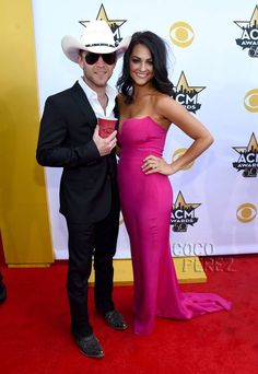 6acfe4294e3 2015 Academy of Country Music Awards - Justin Moore and his wife