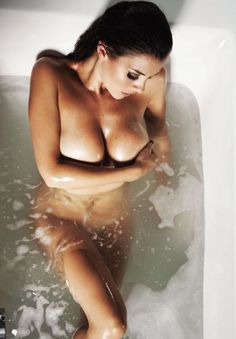 Women Naked In The Bath