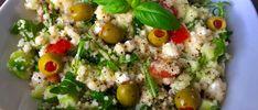 Sałatka z kaszą kuskus, serem feta i rukolą - Blog z apetytem Cobb Salad, Potato Salad, Grains, Rice, Potatoes, Cooking Recipes, Ethnic Recipes, Food, Diet