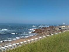 Entre a Foz no Porto   e Matosinhos ... o areal   convida_nos a belos e bons   momentos de puro relaxe!