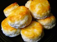 Recreate the delicious McDonald's breakfast biscuits with help from Top Secret Recipes! This copycat recipe is simply made with Bisquick and buttermilk. Breakfast Casserole With Biscuits, Breakfast Sausage Recipes, Breakfast Burritos, Breakfast Enchiladas, Top Secret Recipes, Mcdonalds Breakfast, Best Breakfast, Breakfast Ideas, Breakfast Bake
