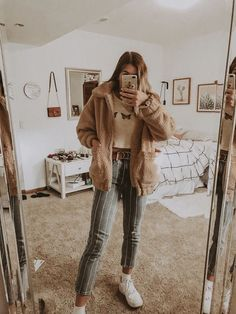 winter outfits hipster Fall Hipster Outfits That Will Inspire You Fashionova. Winter Outfits For Teen Girls, Casual Fall Outfits, Fall Winter Outfits, Trendy Outfits, Summer Outfits, Hipster Fall Outfits, Back To School Outfits For Teens, First Day Of School Outfit, Winter Clothes