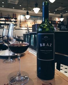 Dia de provar o novo vinho da @brazpizzaria Campinas em parceria com a Salton.  Simplesmente delicioso suave e frutado. #brazpizzaria #vinho #wine Amei!