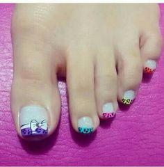 diy nails at home Toe Designs, Pedicure Designs, Diy Nail Designs, Love Nails, Pretty Nails, French Tip Nails, Toe Nail Art, Fabulous Nails, Creative Nails