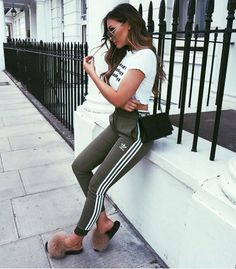 Legging Outfits, Sporty Outfits, Mode Outfits, Cute Casual Outfits, Chic Outfits, Fall Outfits, Summer Outfits, Fashion Outfits, Addidas Leggings Outfit