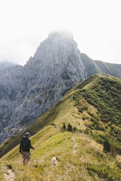 A day hike in the French Alps // Annecy, France - The Overseas Escape