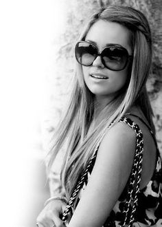 want her hair Fashion Idol, Fashion Beauty, Celebrity Beauty, Celebrity Style, Lauren Conrad Style, Love Lauren, Hair Designs, Hair And Nails, Her Hair