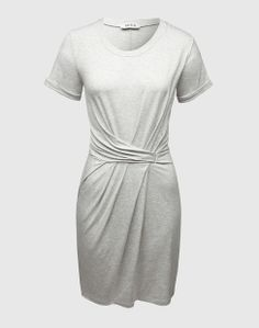 Dress with wrap detail from EDITED's own label collection. Click on the picture to get your dress  on EDITED.de