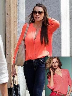 SOFÍA VERGARA    Esta blusa de la marca A.l.c. que lució Sofía cuesta nada menos que $350. Ponle color a tu verano con ésta de Victoria's Secret, ahora rebajada a $58.99.