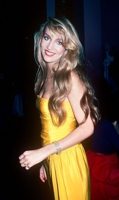 When supermodels ruled the world — Jerry Hall 70s Fashion, Fashion Models, Vintage Fashion, Fashion Looks, Vintage Style, 70s Style, Vogue Fashion, Vintage Girls, Patti Hansen