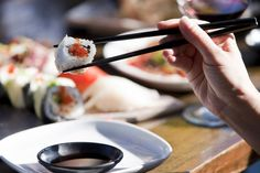 Truly authentic Japanese cuisine from tasty tataki to spectacular sashimi that melts in your mouth. Best Sushi, Sashimi, Places To Eat, Travel Inspiration, Tasty, Restaurant, Dining, Tableware, Food