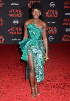 Lupita Nyongo, Kate Hudson, Hailey Baldwin, Nissan, Stars, Formal Dresses, Chic, Elegant, Celebrities