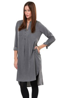 77134602872408 Give your look an artsy touch with the Runa long tunic from Vero Moda. Wear