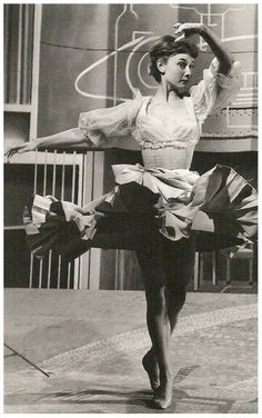 Audrey❣️.  Many don't know that she trained as a ballerina but because of her stunted growth due to WWII she turned to acting instead❣️
