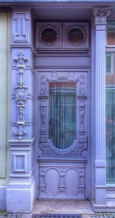 Purple doorway in Weimar, Thuringia, Germany Grand Entrance, Entrance Doors, Doorway, Front Doors, Cool Doors, Unique Doors, Door Knockers, Door Knobs, Yoga Studio Design