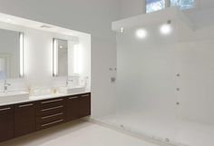 Master bathroom - Waterfront Home in Oyster Bay, Long Island Designed by Charles J. Nafie Architects