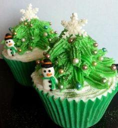 Luscious Christmas desserts cakes and sweet treats - mylusciouslife.com - christmas cupcake7.jpg