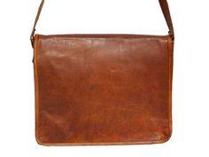 Men's New Fashion Genuine Vintage Brown Leather Mini Messenger Shoulder Bag Flap Leather Men, Brown Leather, Leather Bags, Brown Fashion, Cosmetic Bag, Leather Shoulder Bag, 3 D, Purses, Retro