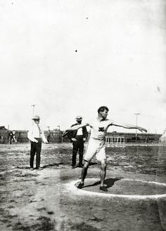 Martin Sheridan of the Greater New York Irish Athletic Association throwing a discus at the 1904 Olympics.