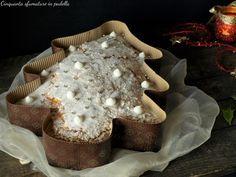 La torta albero di natale soffice è un dolce morbido come una nuvola che si scioglie in bocca, al gusto di panettone! Si prepara in 10 minuti, da provare!