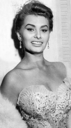 Sophia Loren,  Such a classy woman. timeless beauty