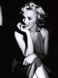 #Marilyn #Monroe #Marilyn Monroe #Gorgeous #Bombshell #Vintage #curvy #curvaceous #body #classic #thighs #white #dress #skirt #blonde #hollywood #famous #legend #celebrity #cinema #pose #posing #entertainer #hair #pretty #young #girl #woman #female