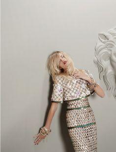 Karl Lagerfeld Chanel Fall/Winter 10/11 // spook contribute