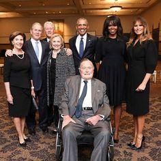 Barack Obama Family, Michelle And Barack Obama, Obamas Family, Rms Titanic, American Presidents, Us Presidents, American History, Republican Presidents, X Men