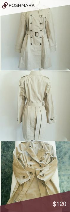 """NWOT BANANA REPUBLIC 