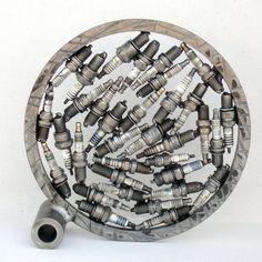 Circle metal scrap art sculpture Moon Geometric Sculpture, Metal Art Sculpture, Alexander Calder, Metal Workshop, David Smith, Metal Yard Art, Kinetic Art, Henry Moore, New Inventions