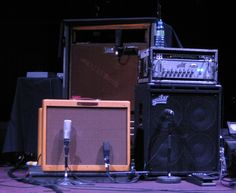 BTW It is ok to mic amps.... i repete it is ok to mic amps
