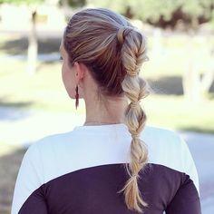 faux braid ponytail close up from anniesforgetmeknots Instagram
