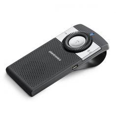 Plantronics K100 to nowoczesny i elegancki zestaw głośnomówiący do samochodu. Jego smukły profil został zaprojektowany z myślą komforcie w czasie jazdy samochodem. Plantronics K100 umożliwia transmisję połączeń, podłączenie nawigacji GPS oraz muzyki poprzez Bluetooth. Dwa mikrofony, technologia redukcji szumów, precyzyjny system głosowy, łatwe do zlokalizowania przyciski funkcyjne.