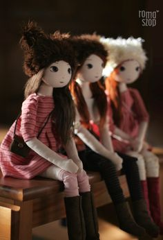 RomaSzop. I love the way this doll artist creates the faces. Interesting website. Wish I spoke the language.