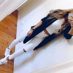 Outfits with white jeans (requested) Trendy Outfits, Fall Outfits, Summer Outfits, Teen Fashion, Fashion Outfits, Womens Fashion, Classy Fashion, Mode Adidas, Style Feminin
