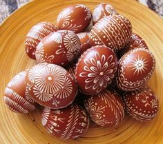 Galerie - Soňa Štossová - Painted Rocks, Hand Painted, Egg Tree, Happy Easter Everyone, Easter Colors, Russian Recipes, Food Crafts, Egg Decorating, Egg Shells