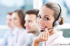 http://it.dollarphotoclub.com/stock-photo/Call center team/53646394Dollar Photo Club milioni di immagini stock per 1$ l'una