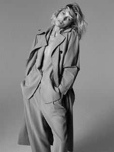 Anja Rubik poses in Paris for Zara's new editorial called, markBack to Minimal. Featuring fall-winter 2019 styles, basic pieces stand out in studio and…