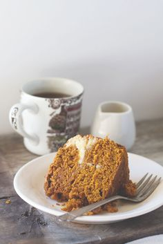 Pumpkin Cream Cheese Tea Cake